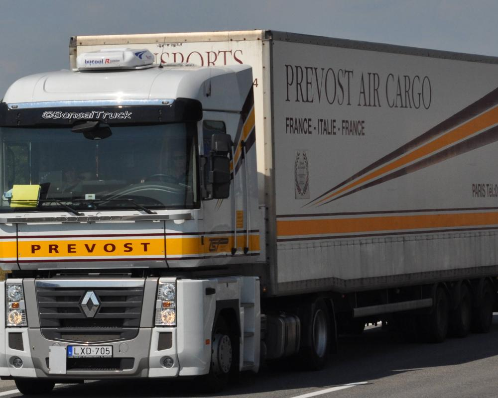 H - Prevost Air Cargo Renault Magnum | Flickr - Photo Sharing!