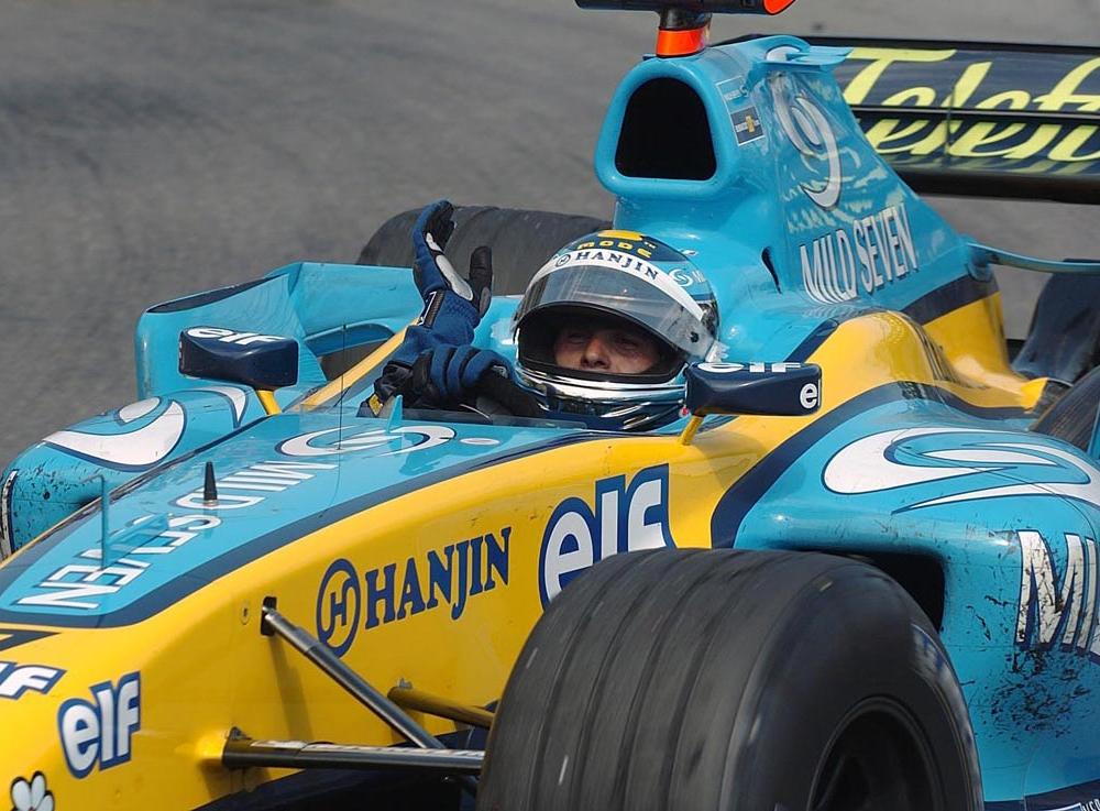 2004 Renault R24 Images. Photo: renault_r24_manu-