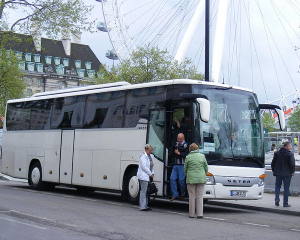 Flickr: The FOREIGN REGISTERED BUSES AND COACHES VISITING IN THE ...