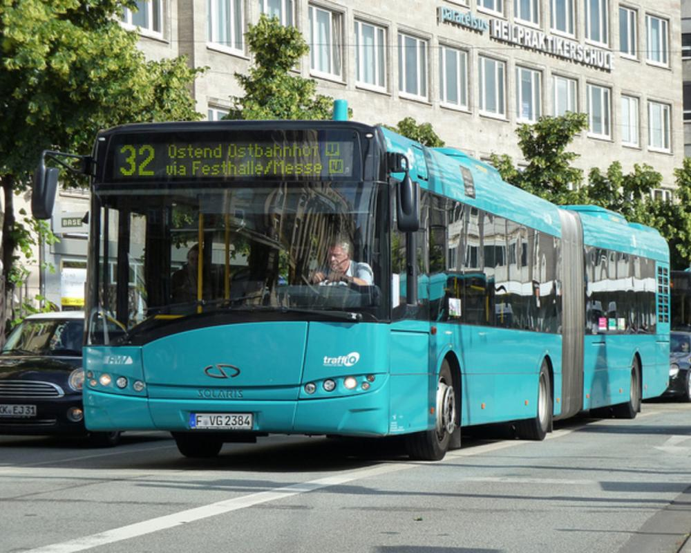 VGF Frankfurt am Main - Solaris Urbino 12 - (F-VG 2384) | Flickr ...
