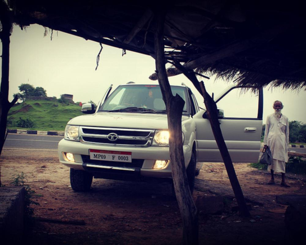 Tata Safari | Flickr - Photo Sharing!