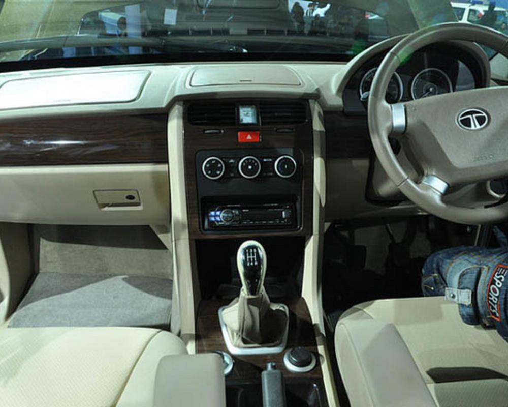 TATA Safari Storme - Stylish Interior front seat | Flickr - Photo ...