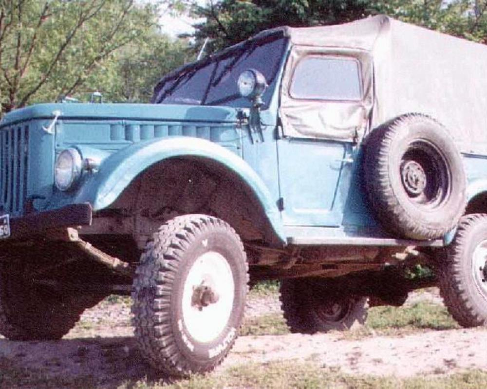 Overall production: 634256 of all GAZ-69 models