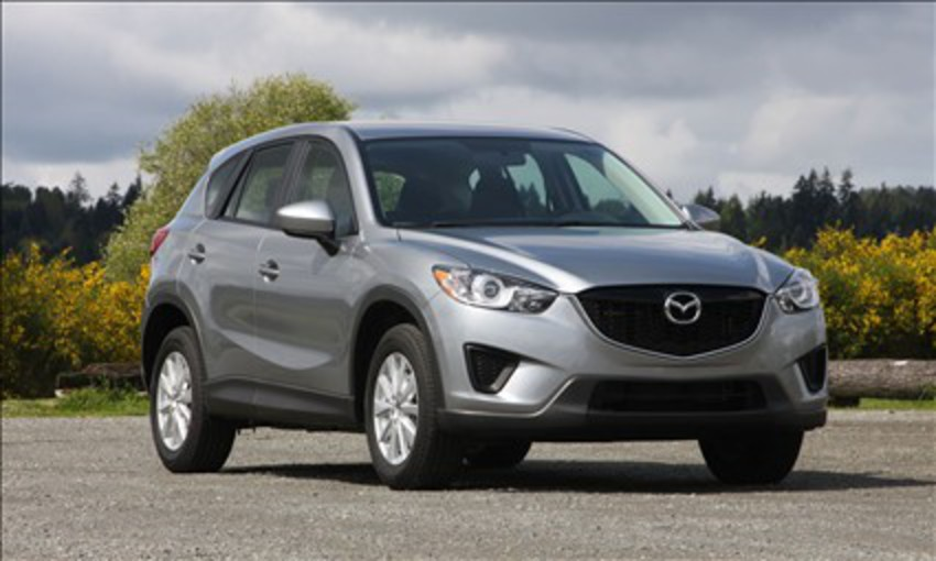 2013 Mazda CX-5 Sport (© Perry Stern) Click to enlarge picture