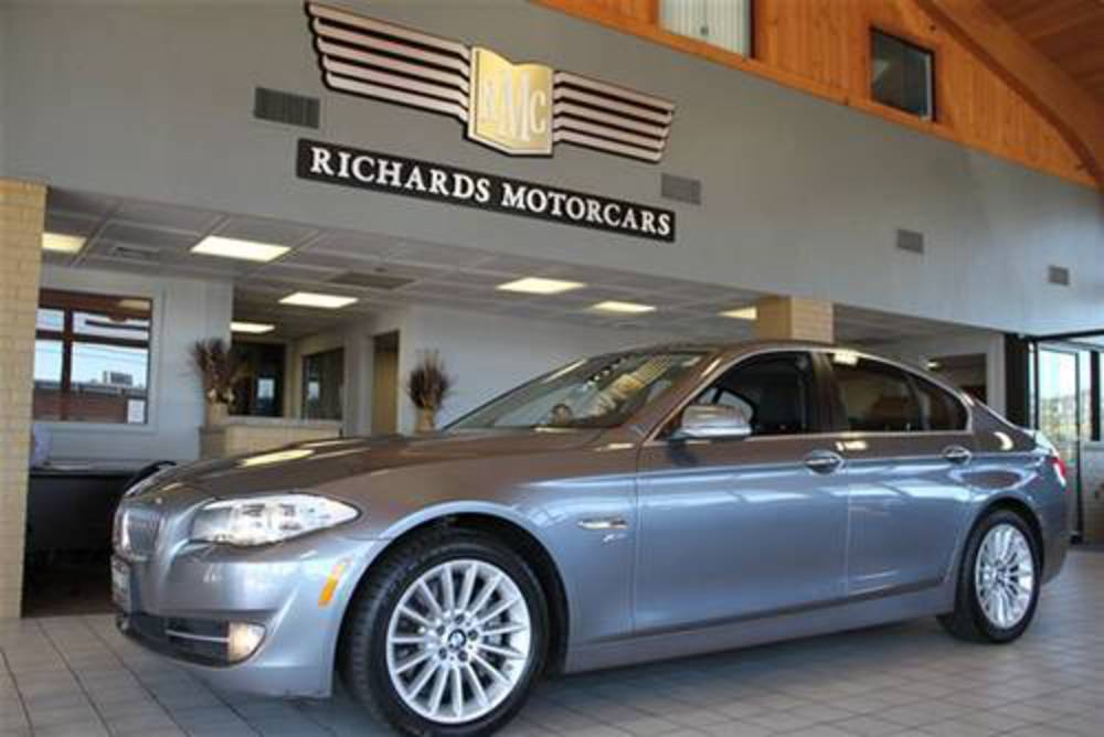 Richards Motorcars is proud to present this 2011 BMW 535 xDrive sedan