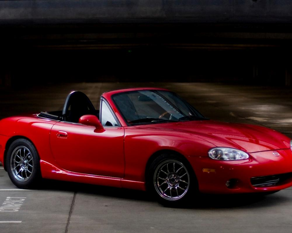 Read more about the 2001 Mazda Miata MX-5