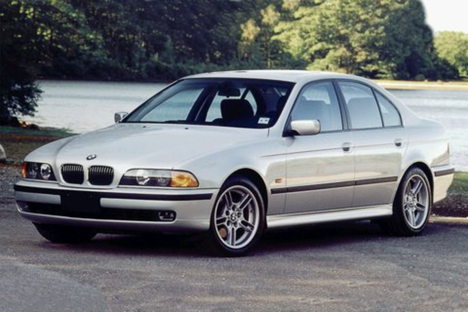 "BMW 540i 4-door sedan. â—"" Rebates & Incentives"