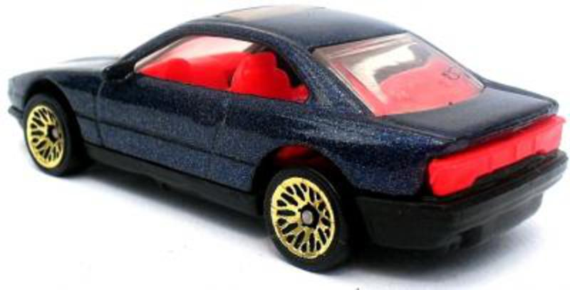 BMW unknown, HotWheels producer. Characteristics: I have to different
