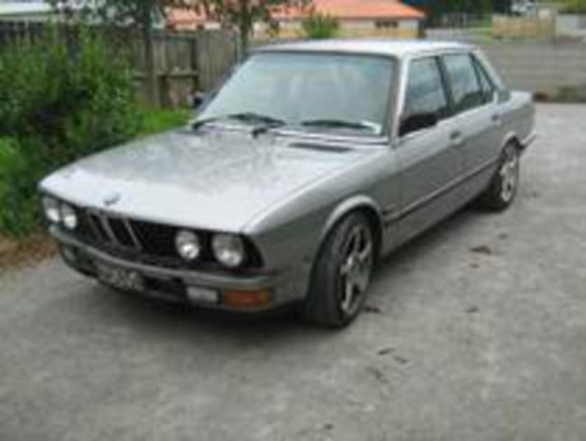 BMW 525ee E28 Model, these are very cool old school model vehicles,
