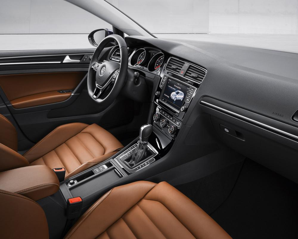 2014 Volkswagen Golf Highline Marrakesch Interior