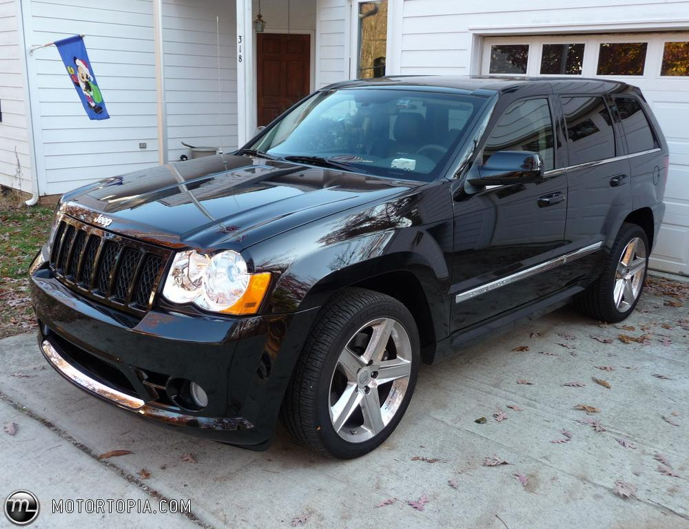 Photo of a 2008 Jeep Grand Cherokee SRT-8 (Torquie). No longer owned