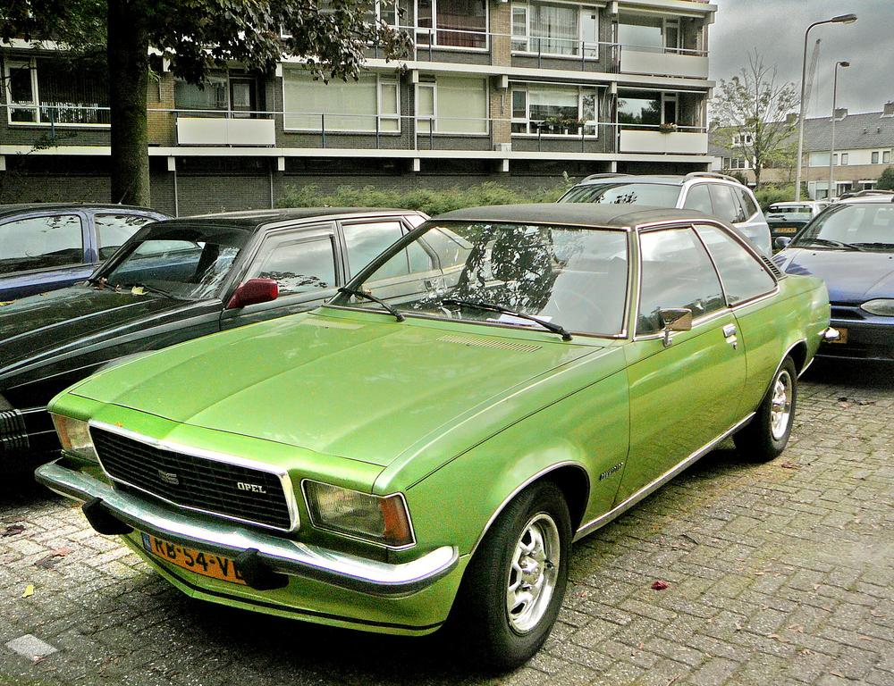 Opel Commodore A Coupe Automatic 2500 G