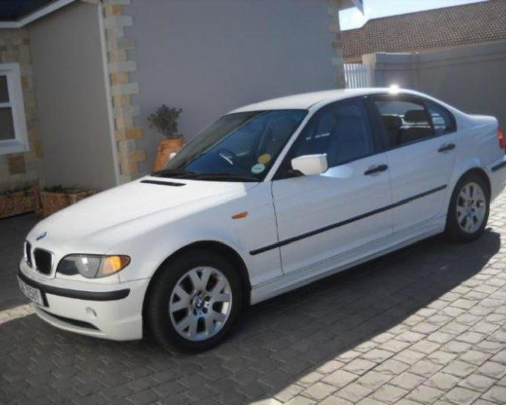 BMW 318i AUTOMATIC (2002) - with executive pack - Muizenberg