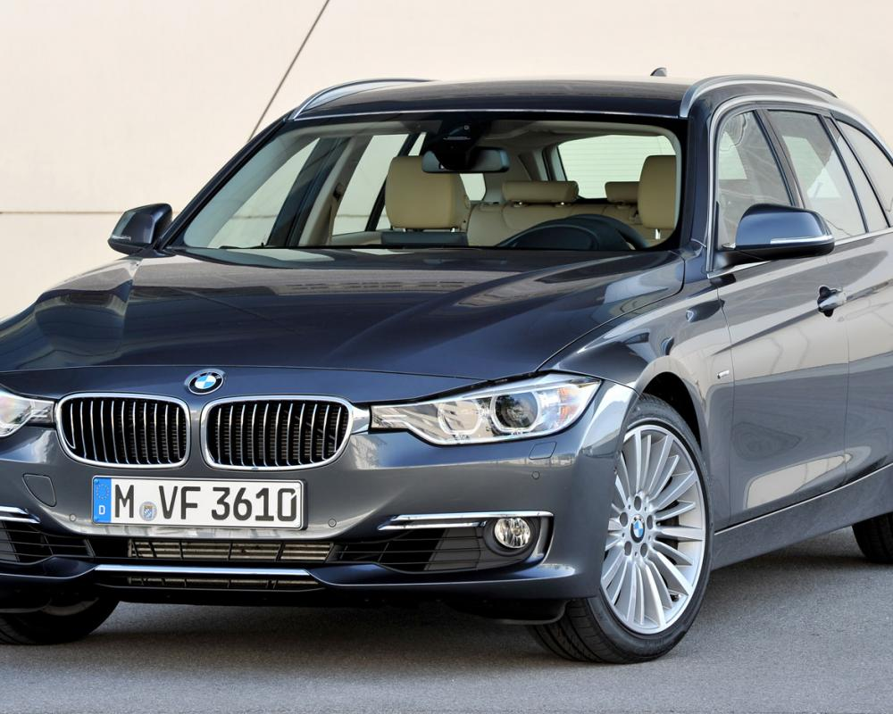 2012 BMW 3 Series Touring front three quarter