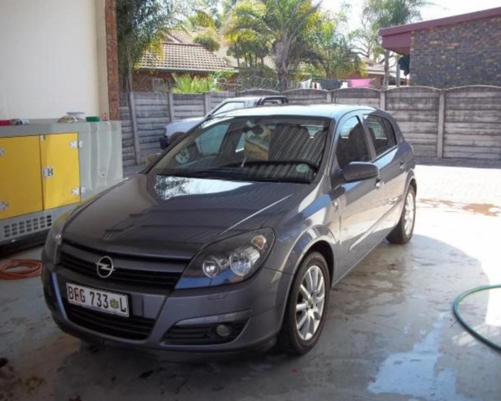 Pictures of 2005 Opel Astra 1.6 twinport