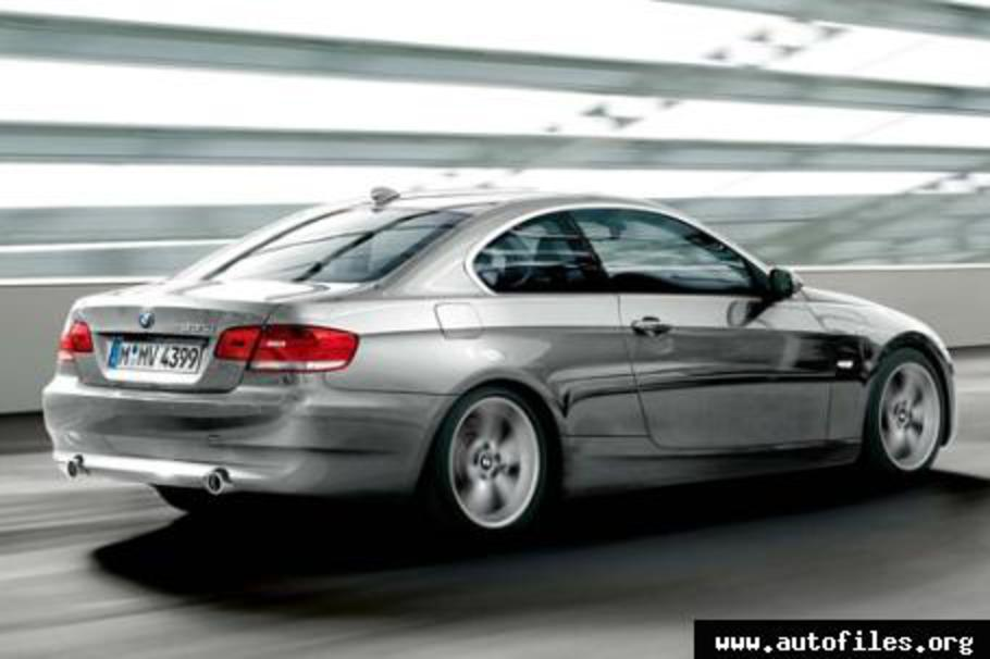 BMW 320i Coupé E92 · [+] Add picture · Print file Download .PDF