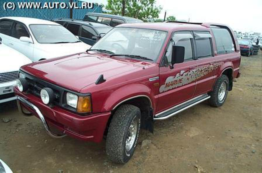 View more pics of 1992 Mazda Proceed Marvie .