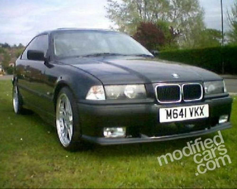 Modified BMW 316 Coupe 1995 Picture.