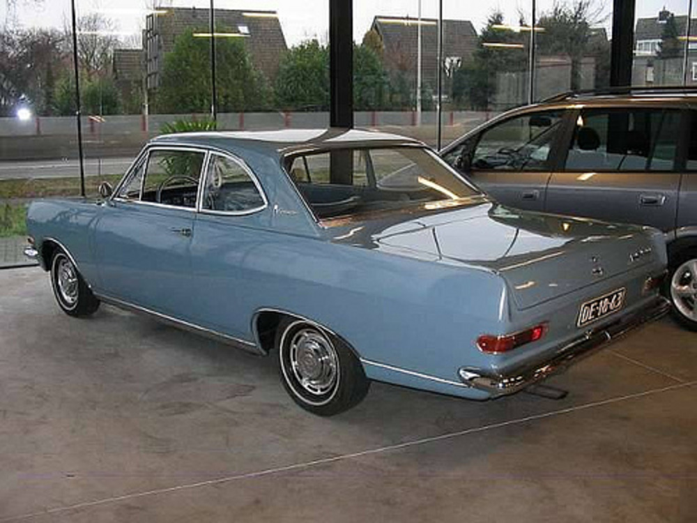 Opel Rekord 1700 coupe 1964
