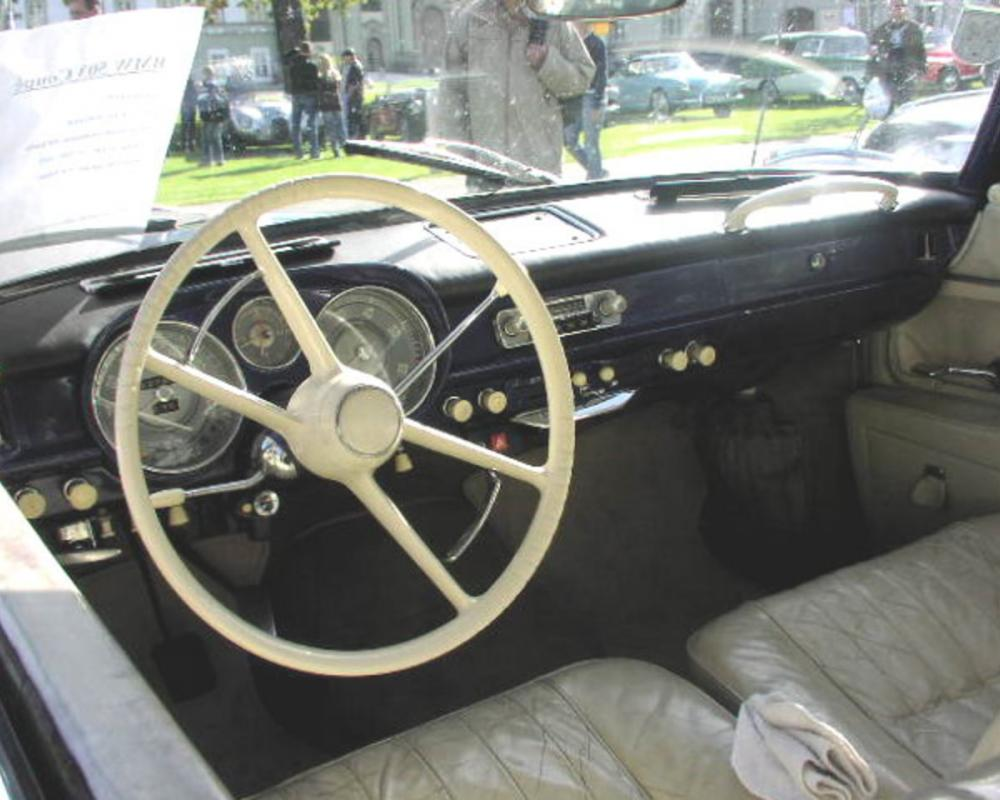 File:MHV BMW 503 Coupé 03.jpg. No higher resolution available.