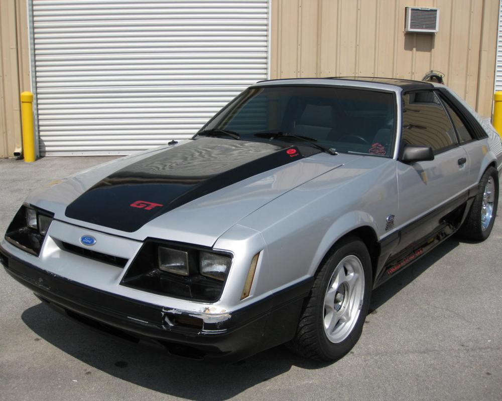 1985 FORD MUSTANG GT 351