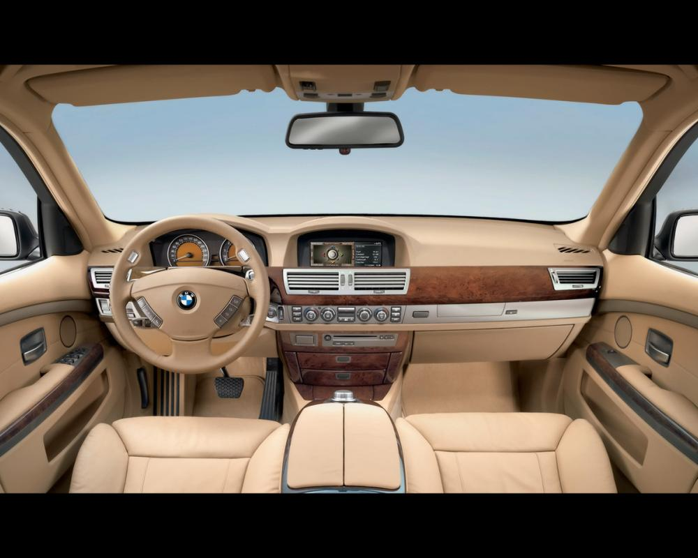 Model BMW 7 Series is begining 1977 in Germany. The end of make is 2009.