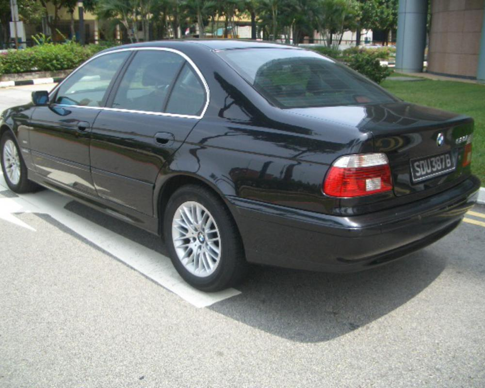 BMW 520IA - huge collection of cars, auto news and reviews, car vitals,