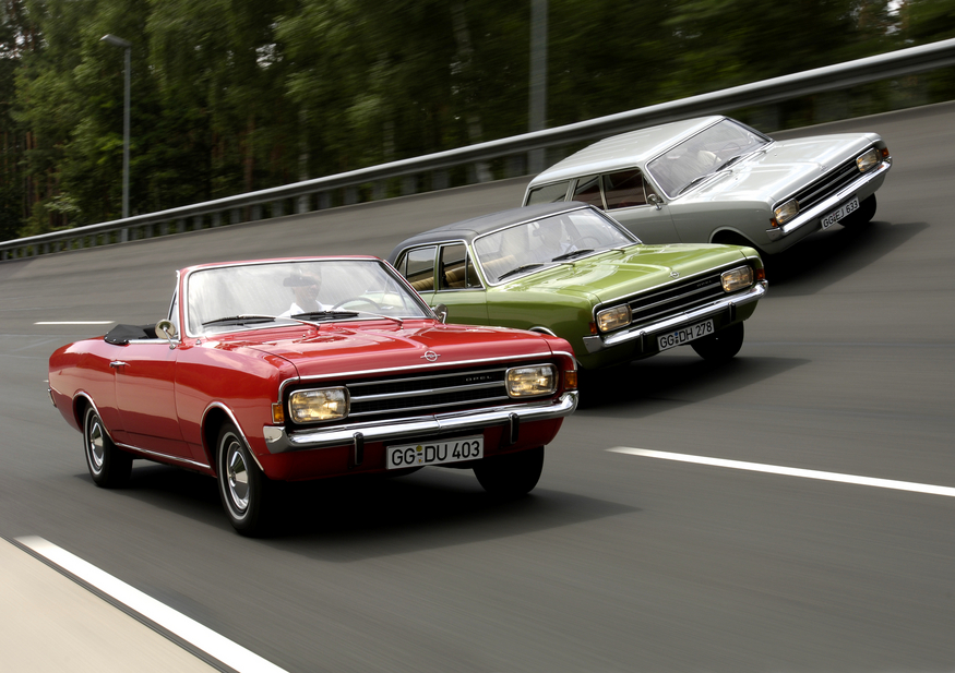 Opel Rekord 1700 Coupé. basic info. spec rating