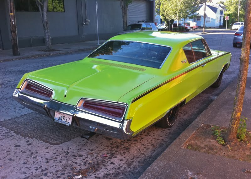 Dodge Polara Custom coupe