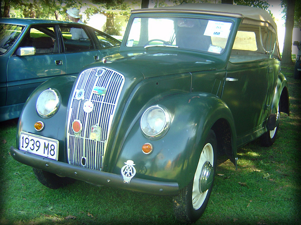 Morris Eight sport tourer
