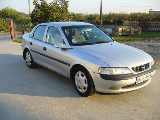 Opel vectra 18 16v pictures. Photo 3.