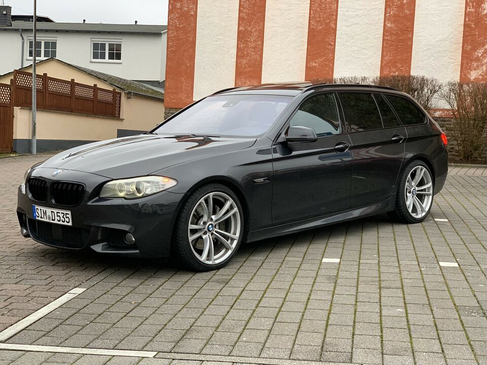 BMW 535D Touring Sport-Auto. M-Paket Pano Keyless Softclose in ...