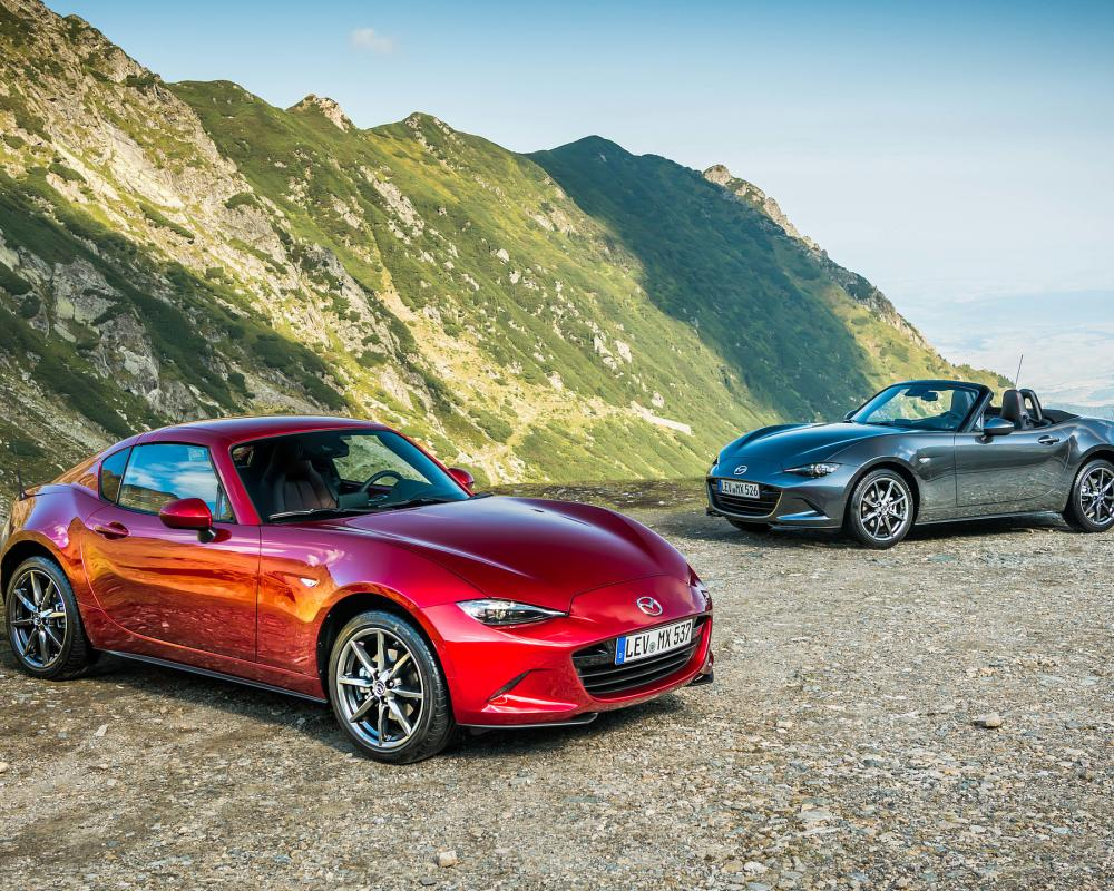 2019 Mazda MX-5 Roadster and Coupe | HD Wallpaper #96