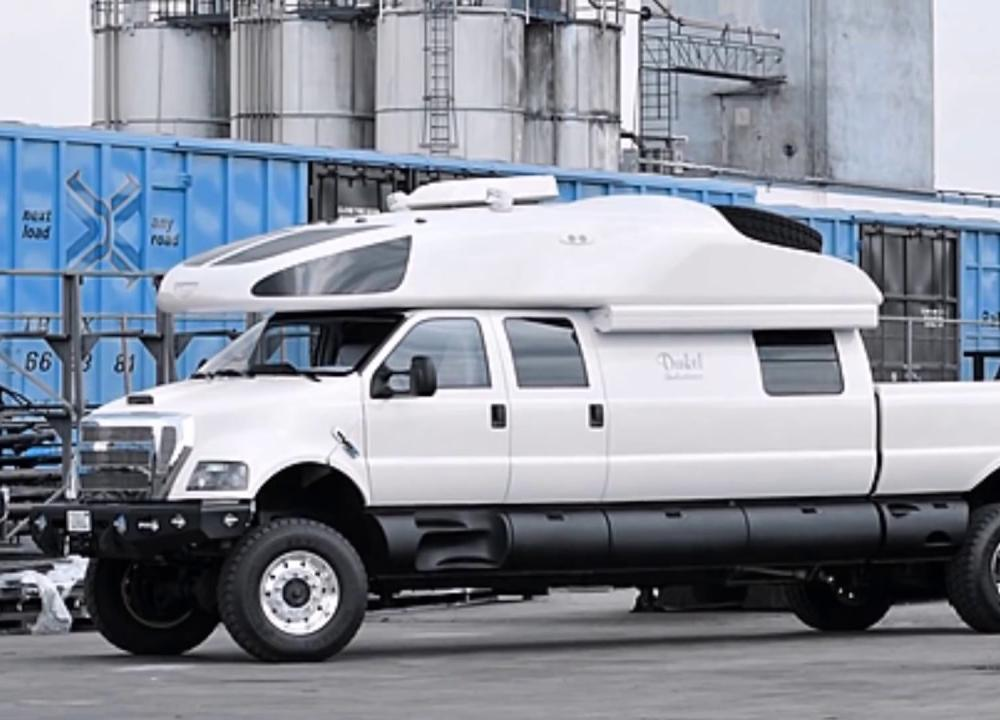 Ford F 750 World Cruiser - YouTube