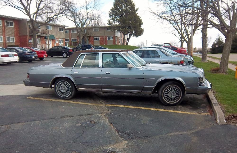 Curbside Classic: 1979 to 1981 Dodge St. Regis – The Perfect Storm ...