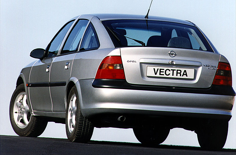Opel vectra 16 gl. Best photos and information of modification.