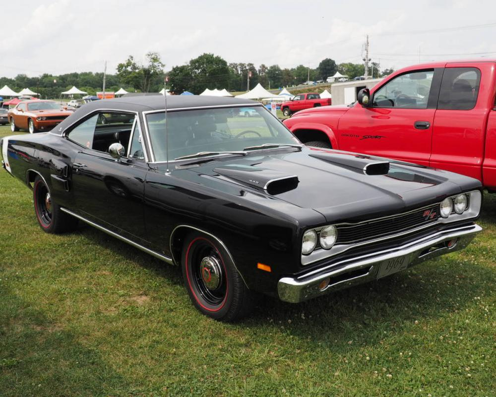 Going Faster With Class: 1970 Dodge Coronet R/T