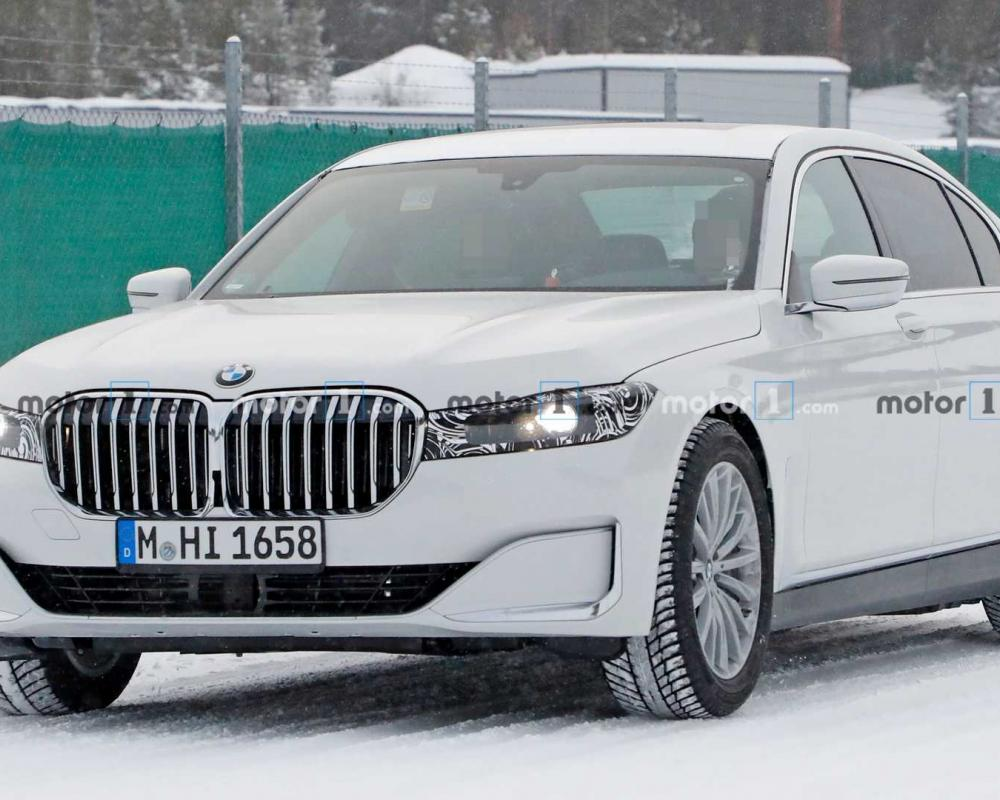 2022 BMW 7 Series Mule Spied Again Looking Familiar