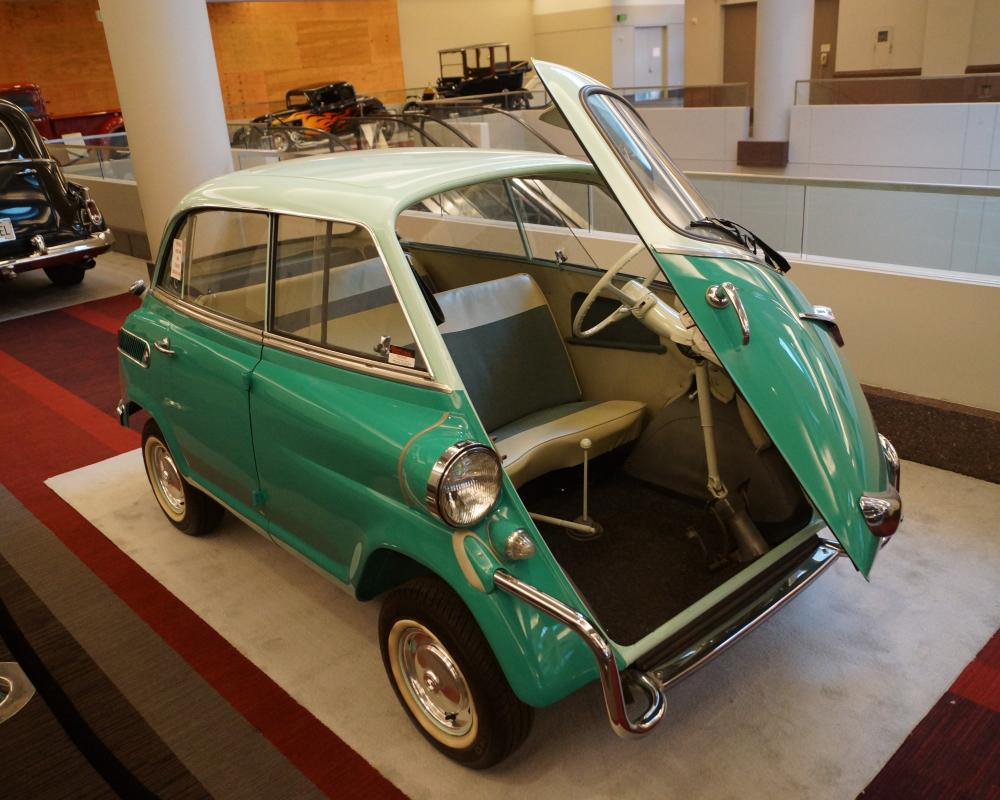 File:1959 BMW Isetta 600 (33402899775).jpg - Wikimedia Commons
