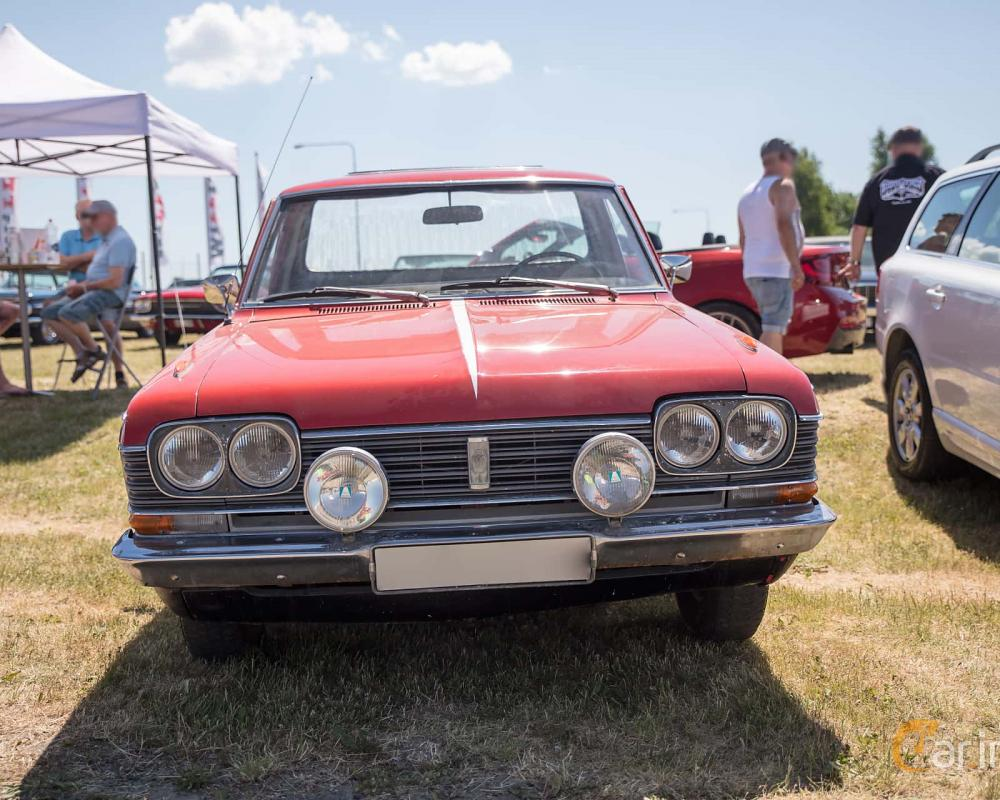 2 images of Toyota Crown Utility Pickup 2.0 Manual, 93hp, 1968 by Mbe