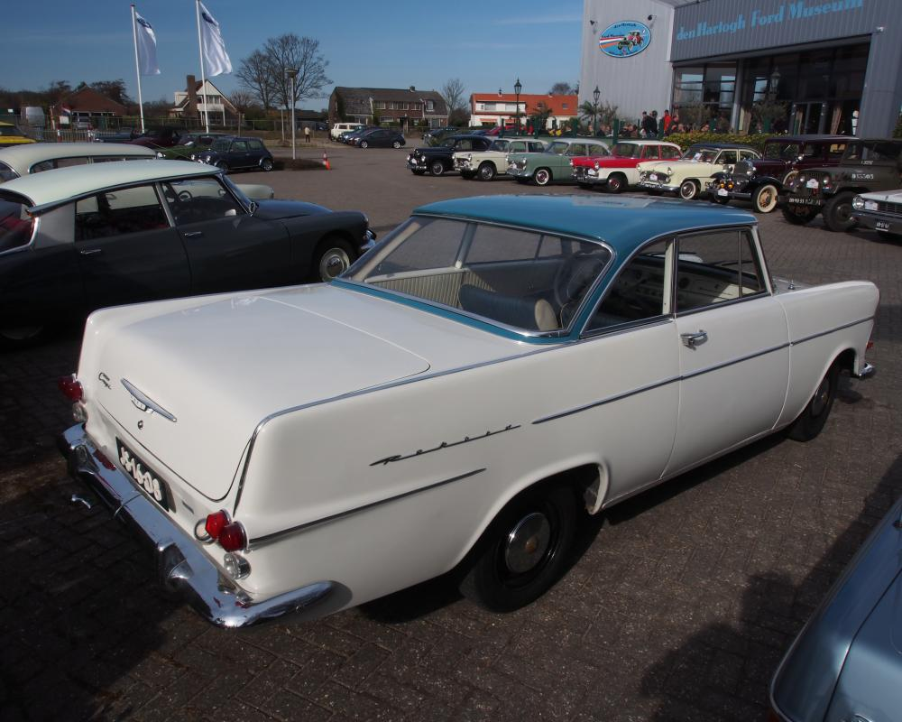 File:1963 Opel 17S2-AT, 1963 Opel Rekord Coupé, pict4.JPG ...