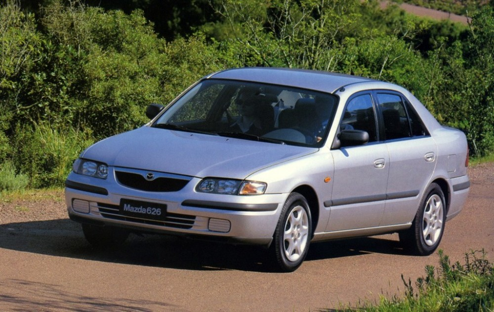 Mazda 626 Sedan 1997 - 1999 reviews, technical data, prices