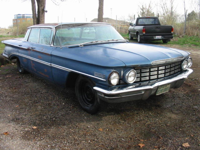 1960 Oldsmobile 98 4dr hardtop FlatTop Roof Orginal unrestored
