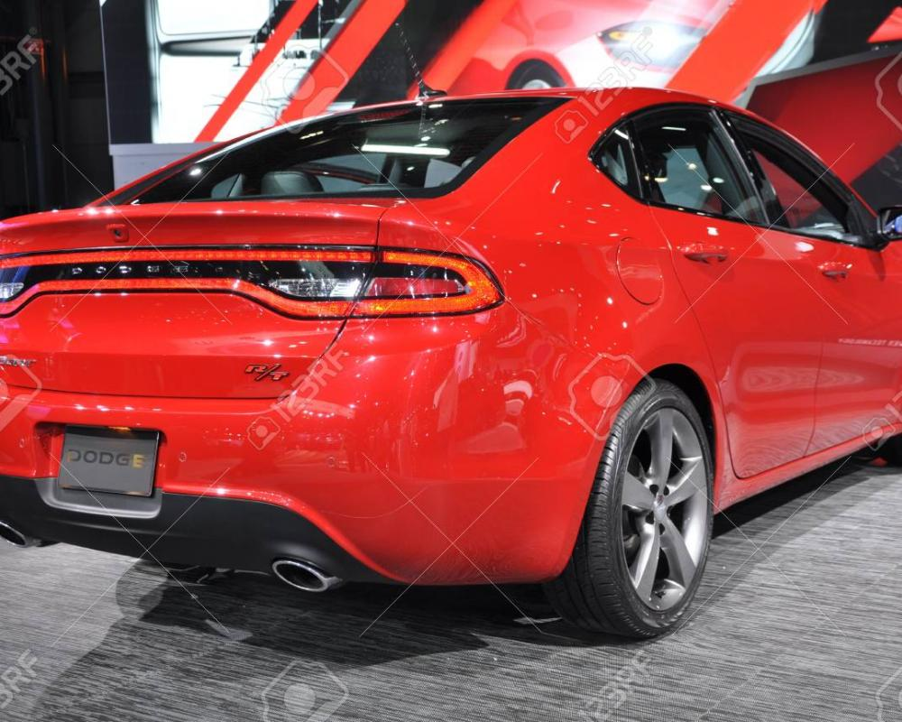 NEW YORK - 11. April: Der Neue Dodge Dart 2012 An Der New York ...