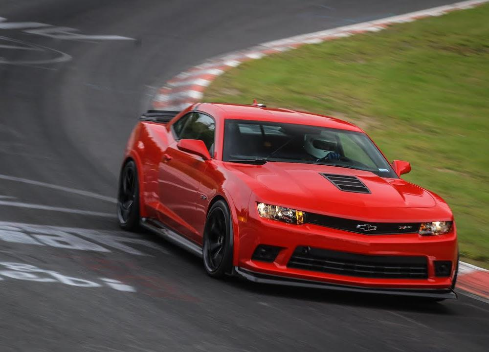 2015 Chevrolet Camaro Z28 testing at the Nürburgring Nordschleife ...