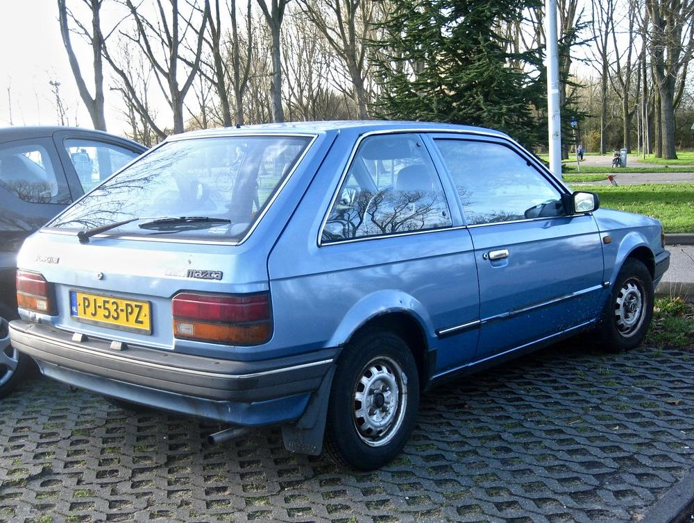 1986 MAZDA 323 UX 1.3 Automatic Hatchback | The 323-Series s… | Flickr
