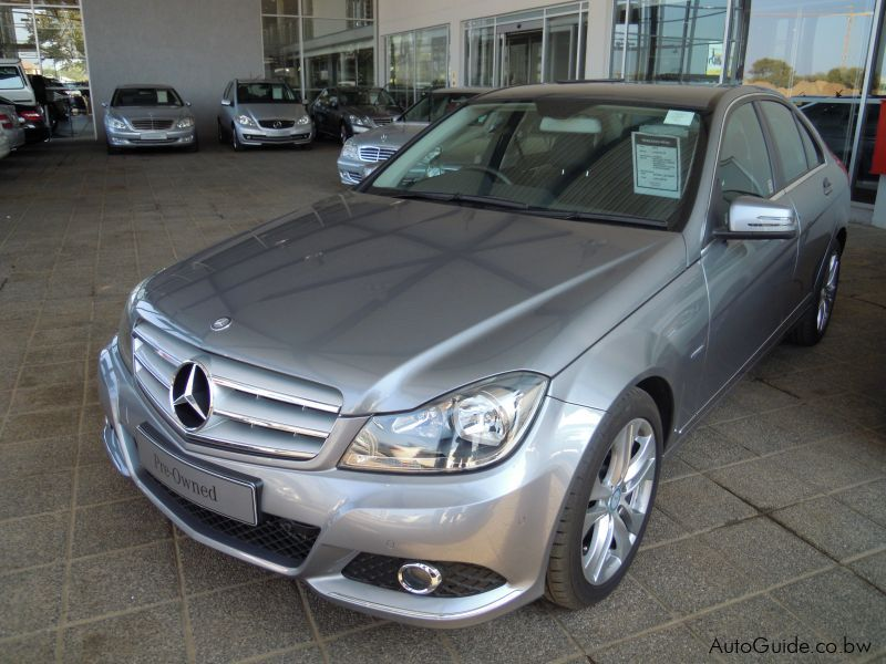 2012 Mercedes-Benz C200 CGI BE car Photos - Automatic ...
