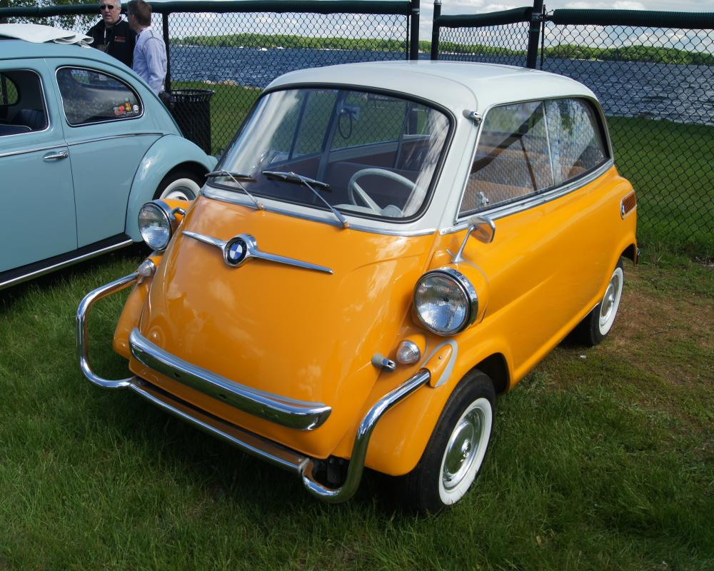 File:60 BMW Isetta 600 (8941870743).jpg - Wikimedia Commons