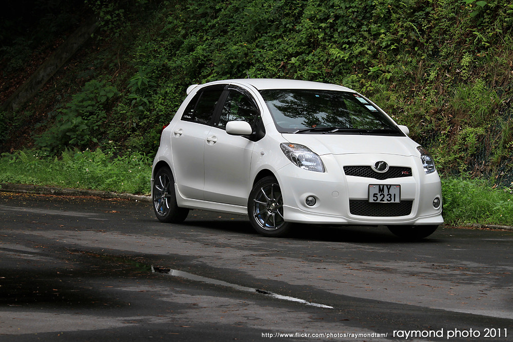 Toyota Yaris RS | Oneplus Studio Photography / Raymond Tam Photo ...
