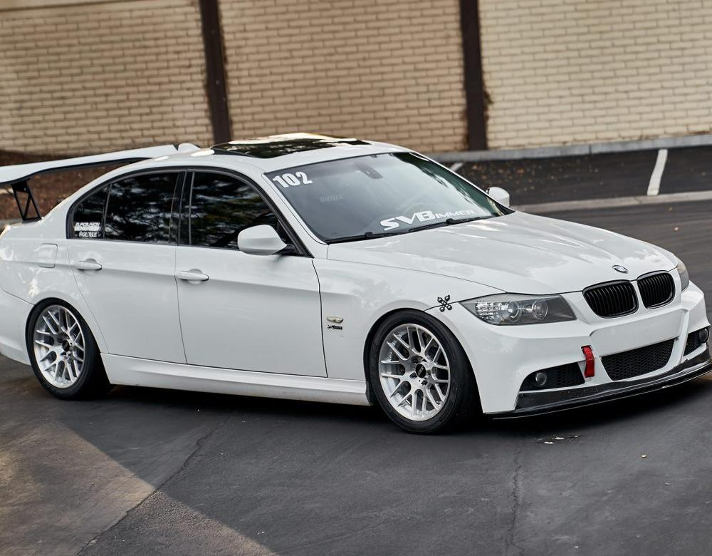 BMW E90 335xi Featuring ARC-8R Forged Wheels – APEX Race Parts Blog